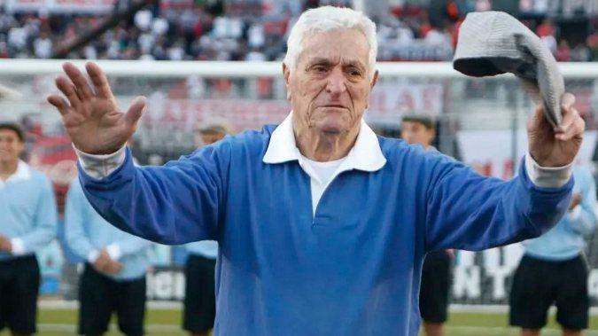 Murió Amadeo Carrizo, uno de los más grandes arqueros del fútbol argentino