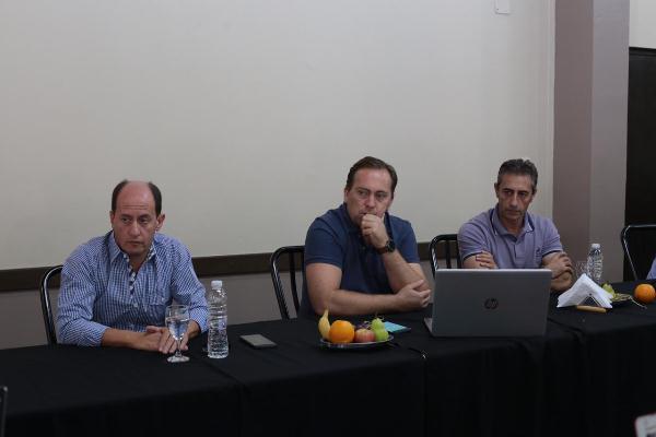 Soto y Scanio ya confirmaron que acompañarán las medidas que se tomen: Aveiro espera el DNU