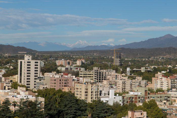 Por la poca circulación de vehículos, disminuyen 55% los niveles de monóxido de carbono en Mendoza