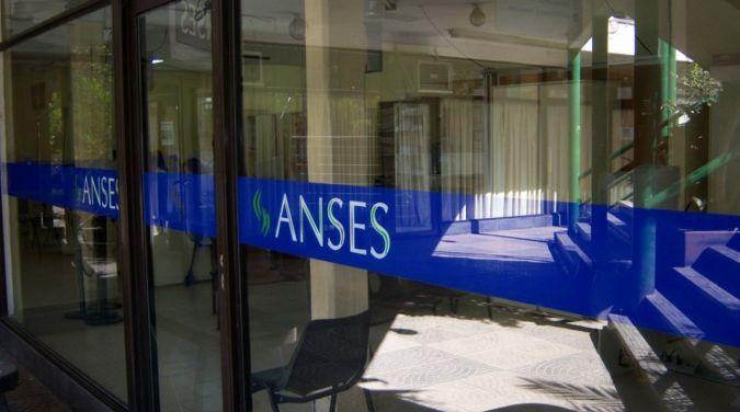 Anses informó que a partir de junio los jubilados podrán cobrar por ventilla y sin turno previo