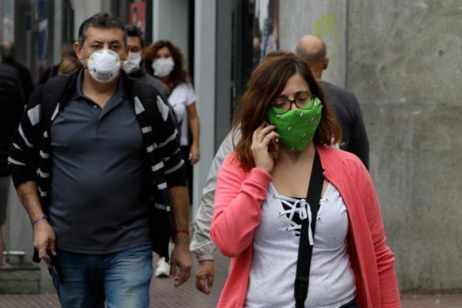 Más de 160 mil argentinos cursan hoy la infección por el coronavirus