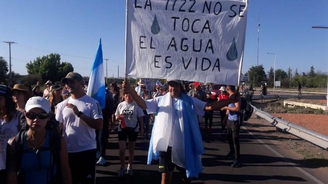 """Nueva movida en defensa del agua: autoconvocados del Valle de Uco invitan a un """"ruidazo"""" en las redes"""