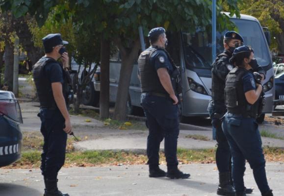 Un ciclista fue embestido por una camioneta en Eugenio Bustos:  la víctima se encuentra fuera de peligro