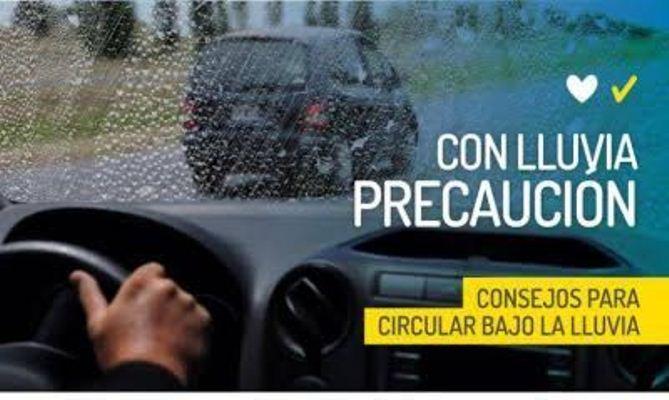 Caminos mojados y resbaladizos en el Valle de Uco: se recomienda circular con precaución