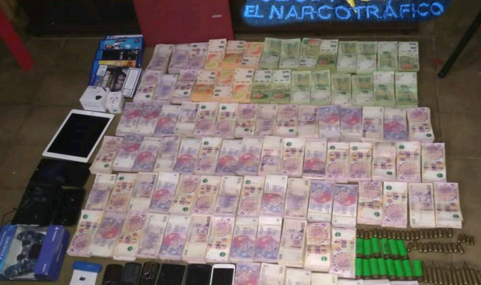 Cayeron dos gendarmes y un agente aduanero por contrabando