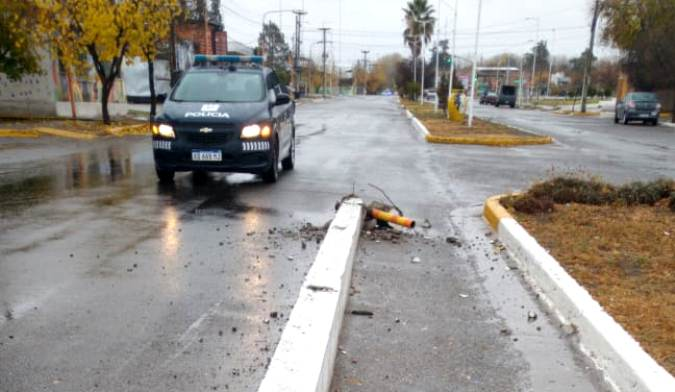 movil-policial-accidente