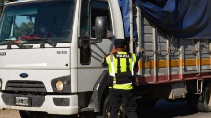 Extreman los controles en el transporte de mercaderías que ingresa, egresa o transita por la provincia