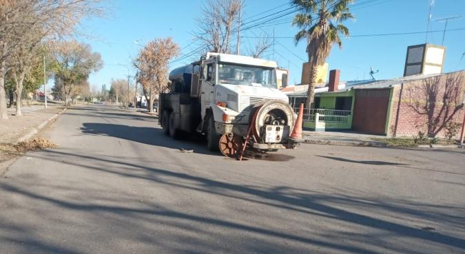 Camion-obras-sanitarias-Foto-de-Leandro-Quintal-1-1