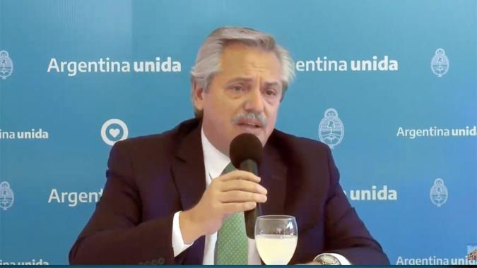 """Alberto Fernández : """"La fase de distanciamiento social ha acelerado los casos"""""""