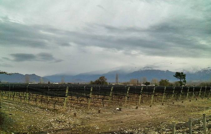 Viernes parcialmente nublado con tormentas aisladas y descenso de la temperatura