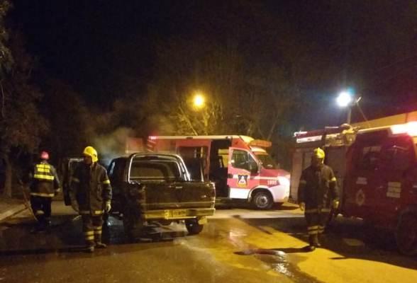 Una camioneta se prendió fuego en el departamento de Tunuyán