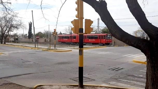 Difonso impulsa una iniciativa para que el Metrotranvía llegue hasta el Valle de Uco