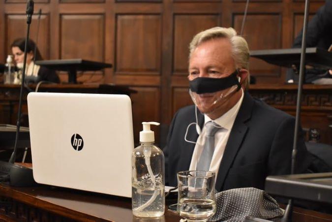 Legislador sancarlino promueve el uso del barbijo transparente en actividades de atención al público