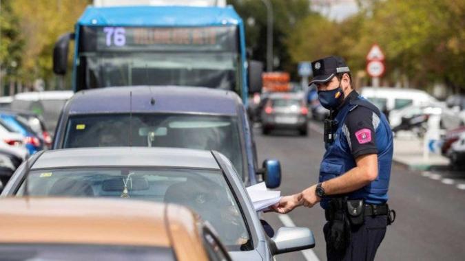 España superó los 700.000 casos de Covid-19 y despliega al ejército en Madrid