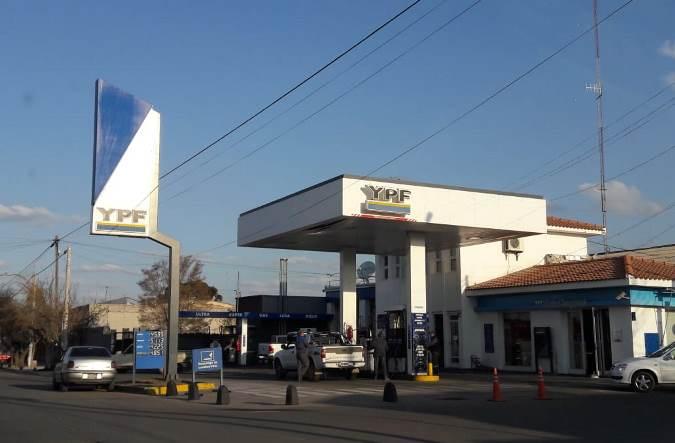 YPF volvió a aumentar el precio de los combustibles: de cuánto fue el incremento