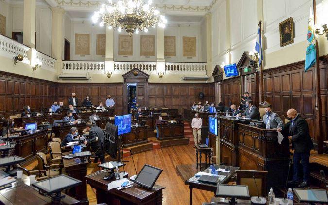 El Senado aprobó el Presupuesto con cambios: hoy vuelve a Diputados para darle sanción definitiva