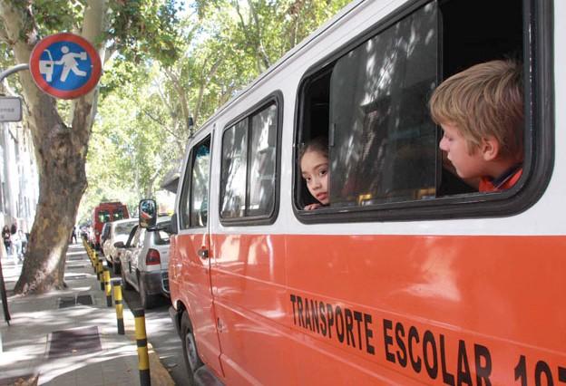 Transportes escolares y de turismo podrán trasladar a trabajadores agroindustriales y agrarios