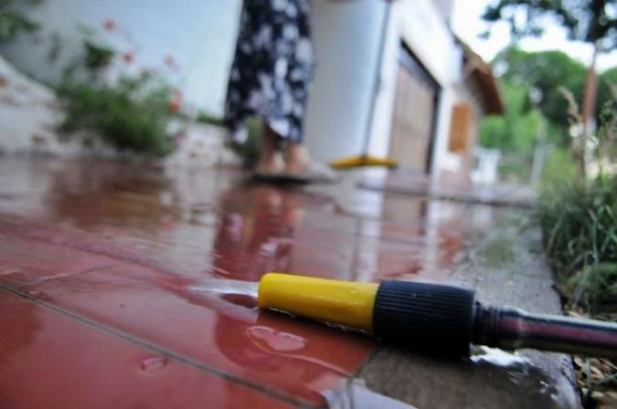 Tupungato multa con hasta $32 mil a quienes rieguen fuera del horario establecido o derrochen agua