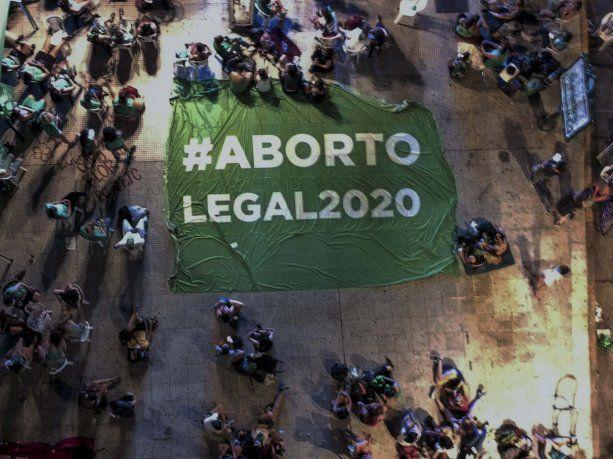 Aborto legal: Diputados dio media sanción al proyecto de Interrupción Voluntaria del Embarazo