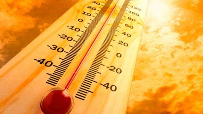 Domingo sofocante: altas temperaturas, probabilidad de tormentas aisladas y caída de granizo