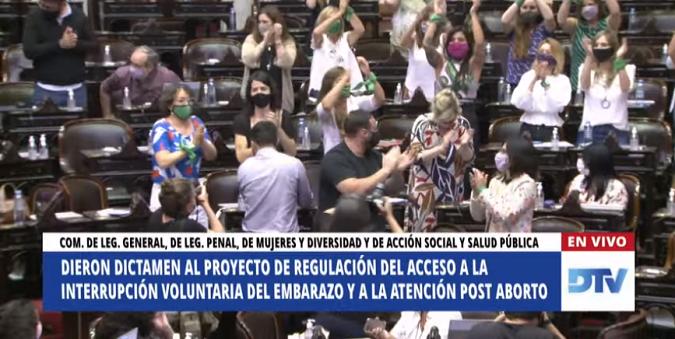 Aborto: Diputados emitió dictamen de mayoría sobre el proyecto y mañana comenzará el tratamiento