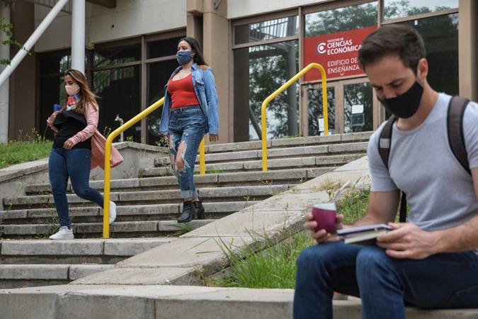 La Universidad de Cuyo definió la fecha para el retorno progresivo a la presencialidad