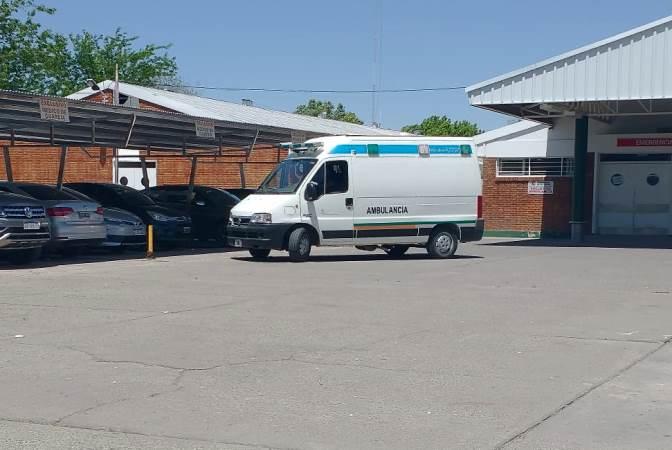 Una camioneta chocó con una bicicleta y una mujer debió ser trasladada al Scaravelli