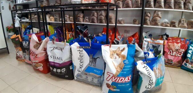 Pet-shop-La-Granja_Corralón-Molina-Campos_-Productos-especiales_alimentos-premium_Tunuyán_-Valle-de-Uco_-El-Cuco-Digital