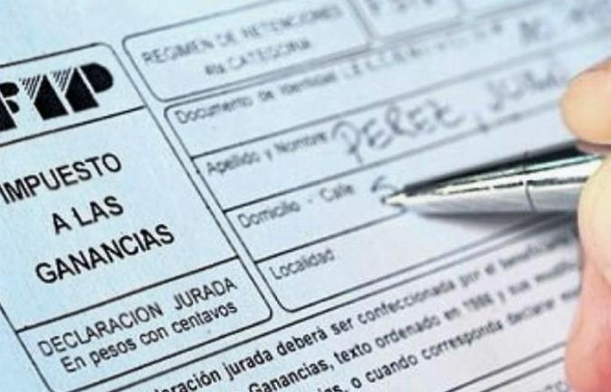 Alivio fiscal: devolverán 3 meses de Ganancias a trabajadores y el aguinaldo dejará de pagar tributo