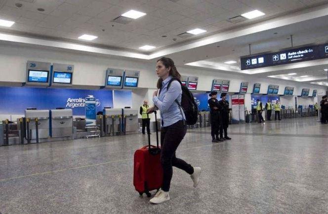 El Gobierno nacional prorrogó el cierre de las fronteras para turistas hasta el 30 de abril