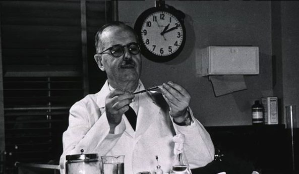Efemérides: en homenaje a Houssay, hoy se celebra en el país el Día del Investigador Científico