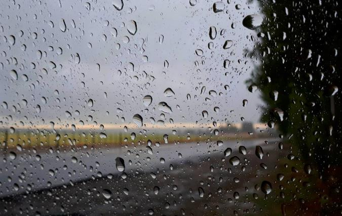 Pronóstico del tiempo: se espera un sábado frío y lluvioso por la mañana