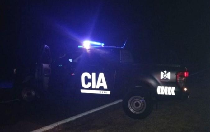 Movil policia de noche