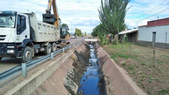 Hidráulica avanza con el desembanque de los colectores Las Piedritas y El Indio en San Carlos
