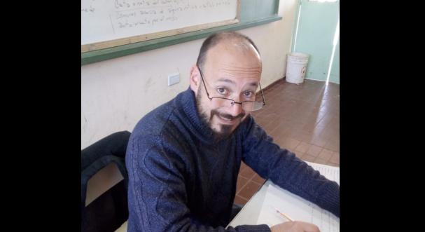 Comenzó escribiendo a los 16 y se convirtió en un amante de las letras: entrevista a Mariano Ramírez