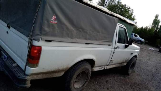 Le robaron su camioneta a una familia de Tupungato: entre lágrimas, la dueña pidió ayuda para recuperarla
