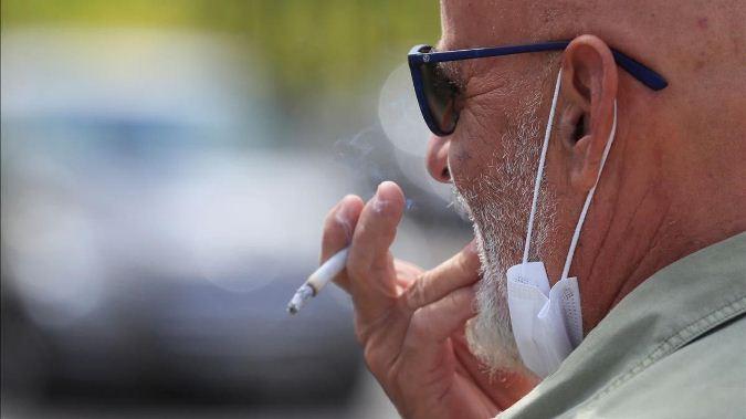 Día Mundial sin Tabaco en época de pandemia: doctora nos explica cómo vencer la adicción al cigarrillo