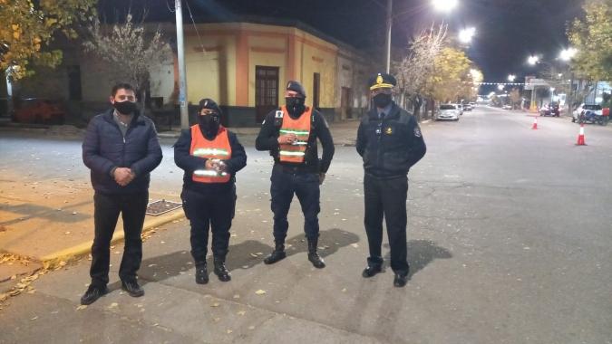 salinas-solidaridad-policia3