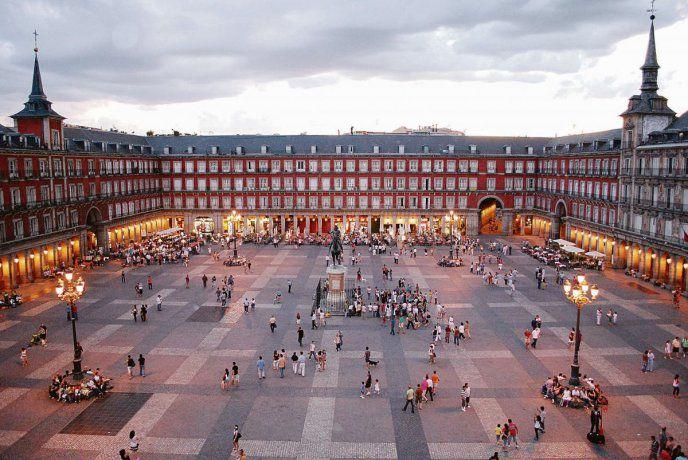Europa se abre al turismo extracomunitario: ¿cómo ingresar y cuántos vuelos hay?