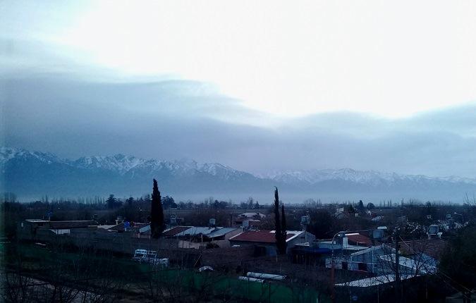 Para mañana anticipan viento Zonda y tiempo inestable en alta montaña