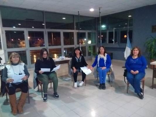 """Primer taller de canto grupal de música popular en San Carlos: """"Con el objetivo de que la gente se sienta bien"""""""