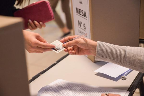 Elecciones 2021: disponen un aumento para las autoridades de mesa