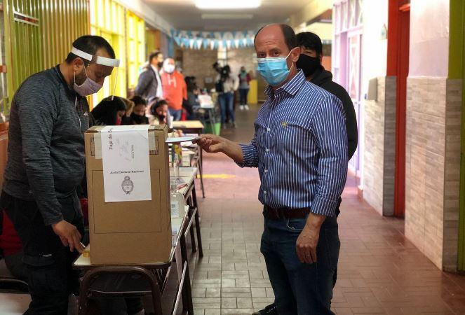 """Soto tras votar: """"Es el momento para apoyar las buenas gestiones y desaprobar las malas"""""""
