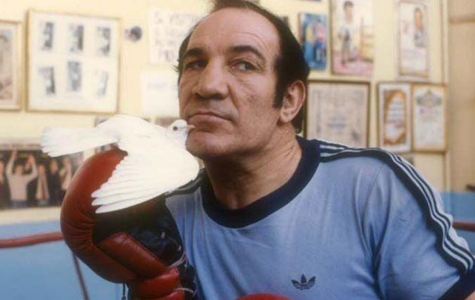 Un día como hoy nacía Nicolino Locche en Tunuyán, uno de los más grandes boxeadores argentinos