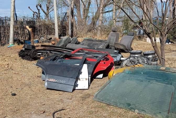 Tubos de GNC, ruedas, capots: allanaron un desarmadero clandestino en Tunuyán