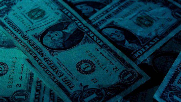 El dólar blue sube y se acerca a su máximo anual