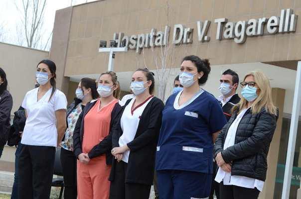 """Agasajarán a todo el personal de salud de San Carlos con un gran show: """"Queremos decirle gracias"""""""