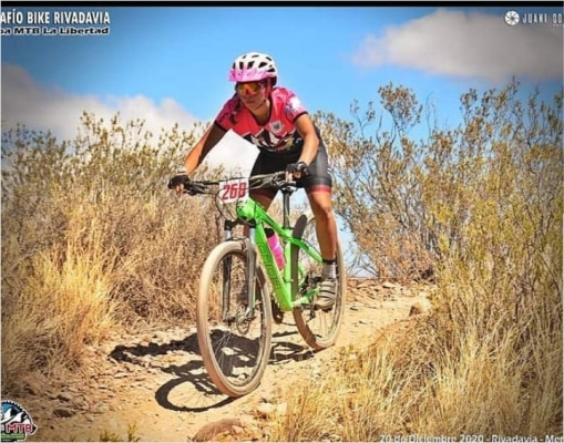 Ciclista tunuyanina busca sponsor o apoyo económico que le permita cumplir el sueño de correr en Tucumán