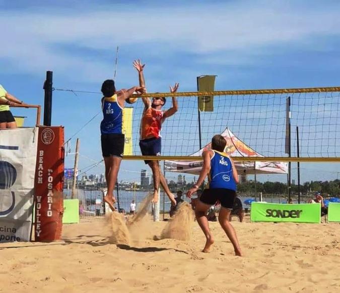 Maia Najul y Bautista Amieva se subieron a lo más alto del podio en el Circuito Rosarino de Beach Volley