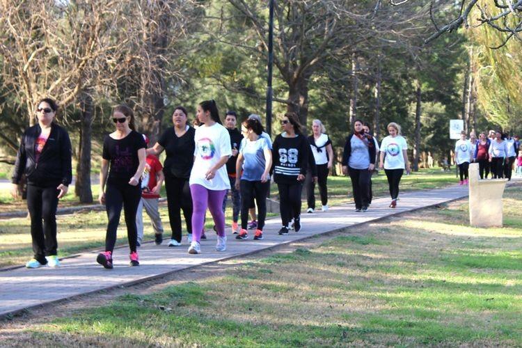 Caminata saludable en Tunuyán para concientizar sobre el cáncer de mama